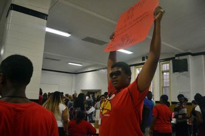Students Explore Options at Club Fair