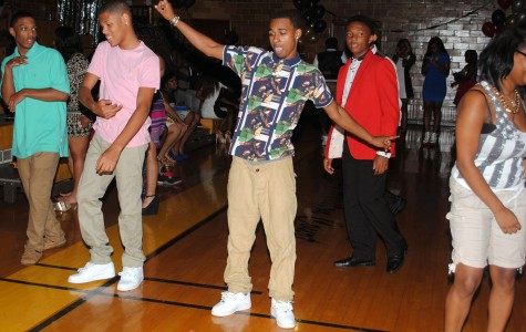 Homecoming Dance Concludes a Week of Celebration