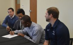 Isaiah signs to Hannibal-LaGrange
