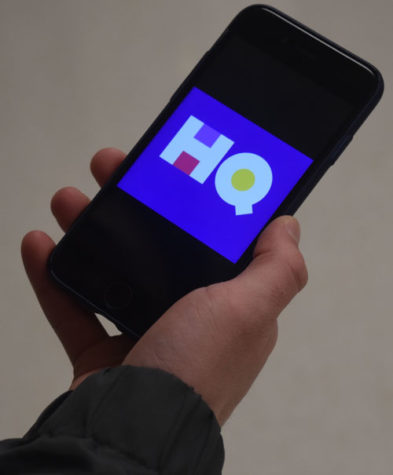 HQ Trivia captures students' attention
