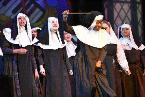 """""""Sister Act"""" stars shines bright"""