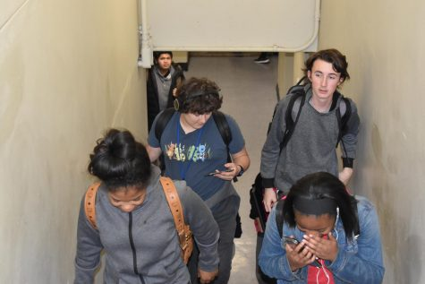 Student body not satisfied with passing period time