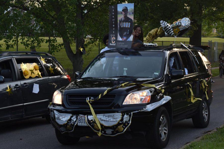 U. City celebrates seniors with car parade